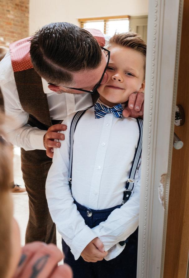 groom family photoshoot