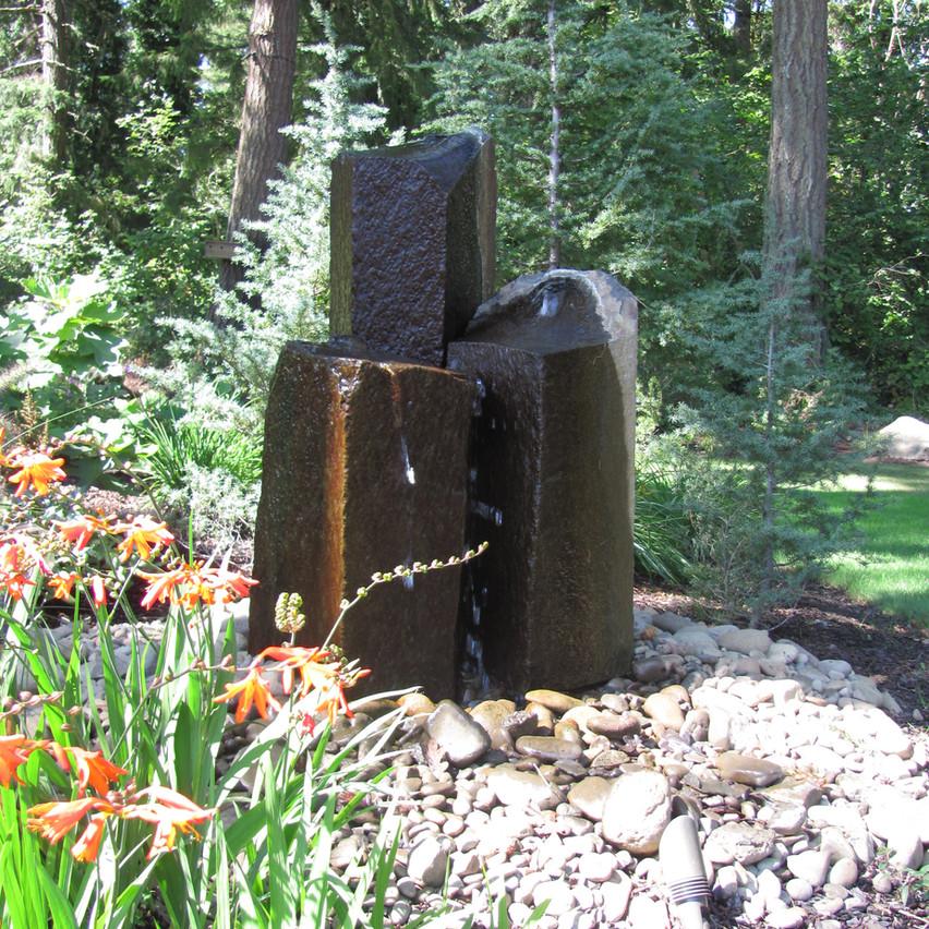 Water Feature, Column Rocks.JPG