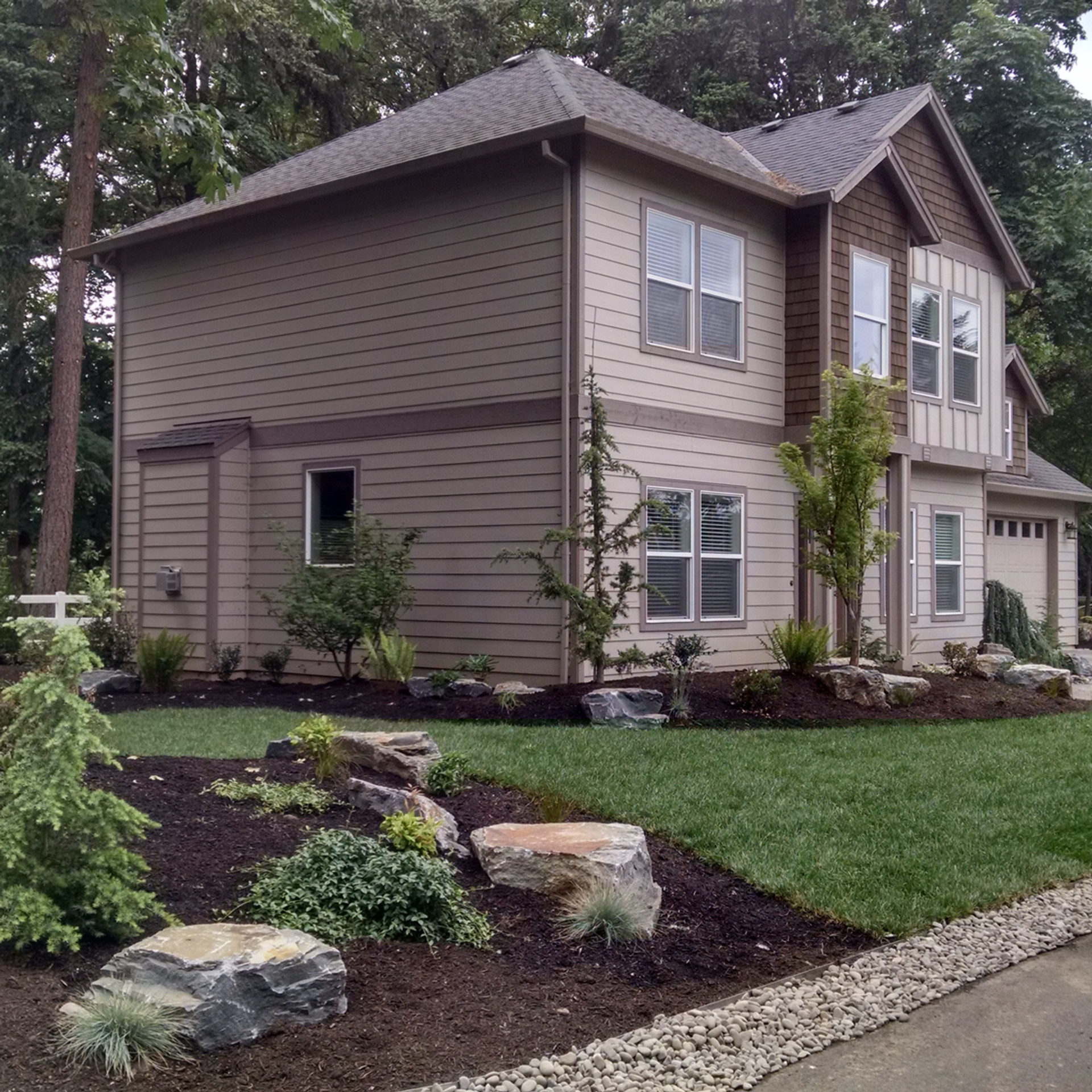 Landscaping, Side View.jpg