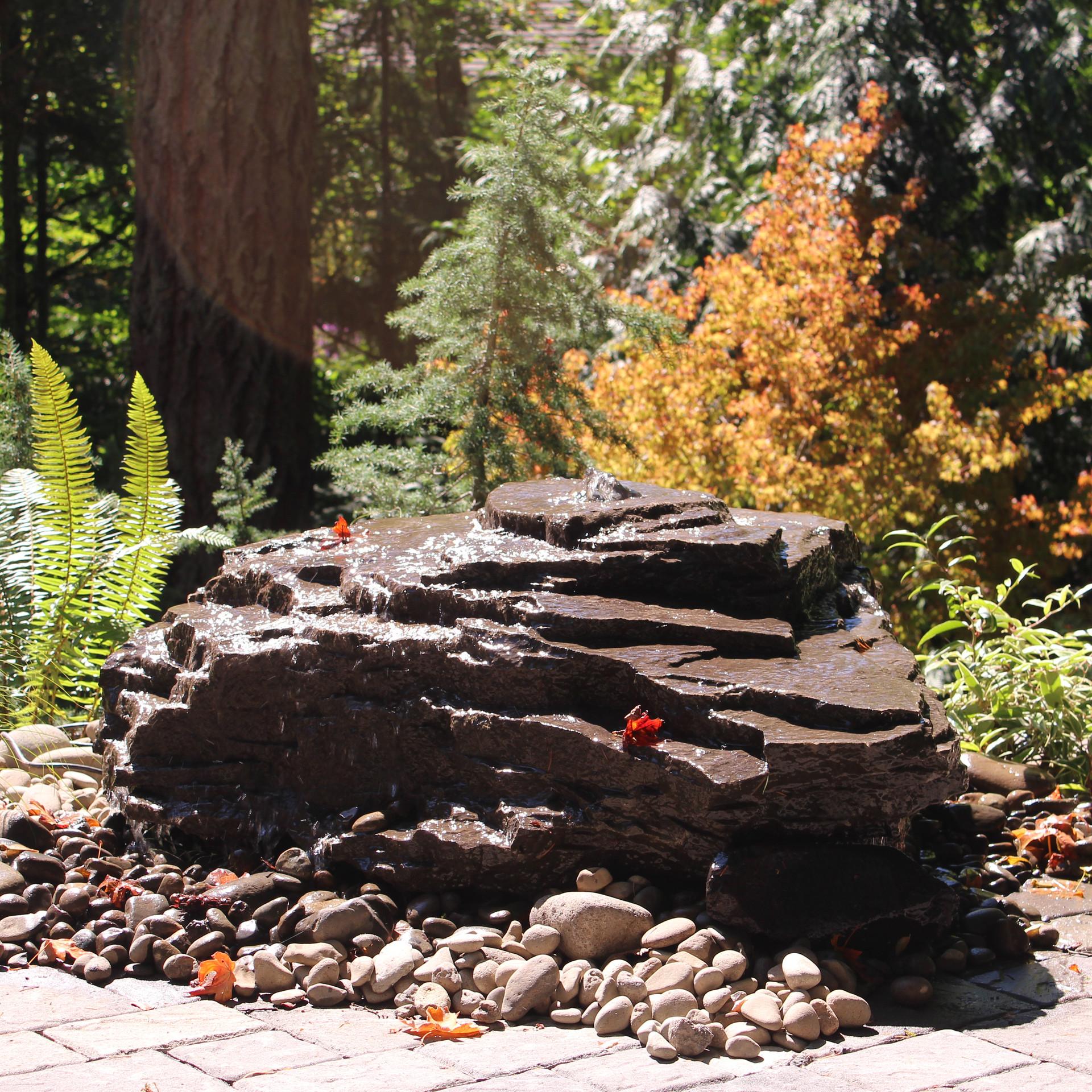 Water Feature, Bubble Rock .JPG
