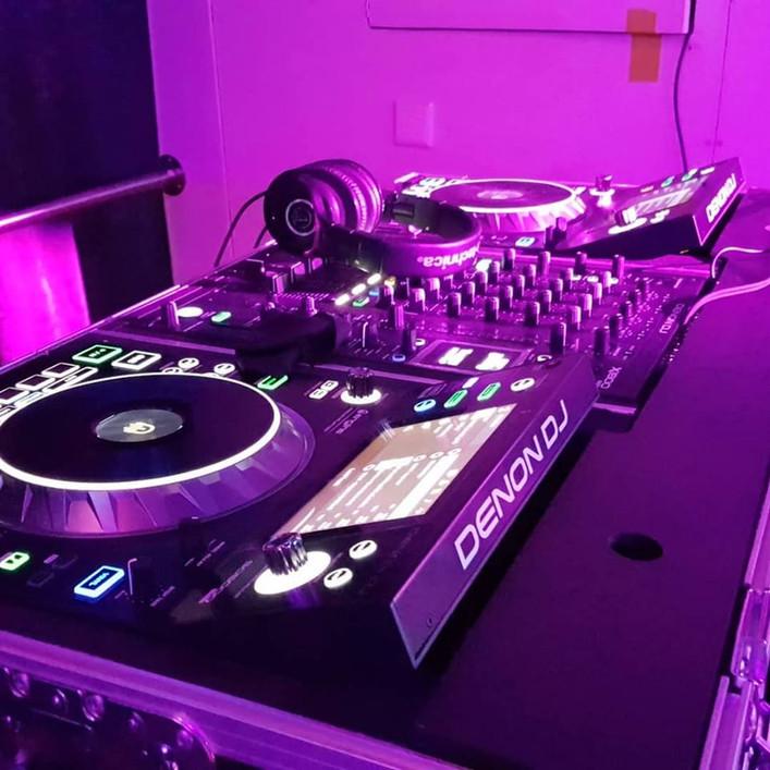 DJ Brumo  DENON PRIME set up