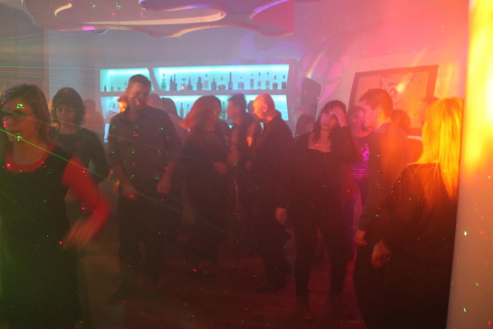 dj soirée disco marseille