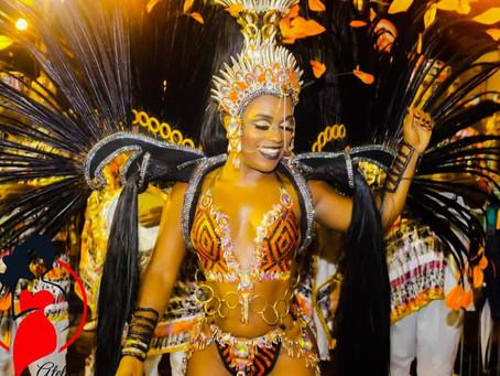 Premiada como melhor rainha, Caroline Lima segue na União de Jacarepaguá