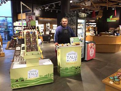 Pärnu_Biomarket.jpg