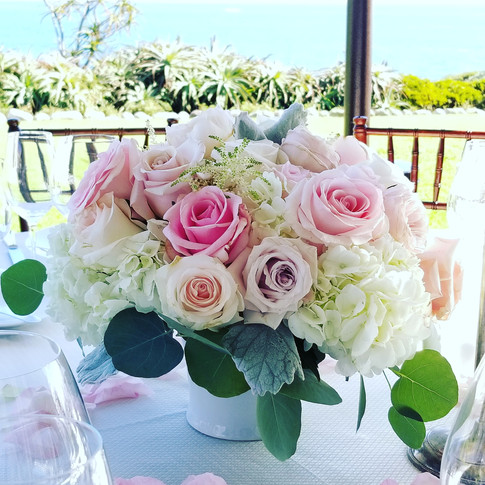 Blush pink and white centerpiece