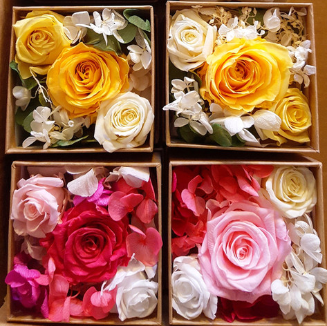 Box arrangement (small) Yellow and pink