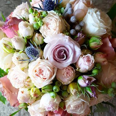 Neutral color bouquet