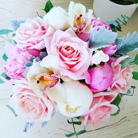 Blush pink and white flowers