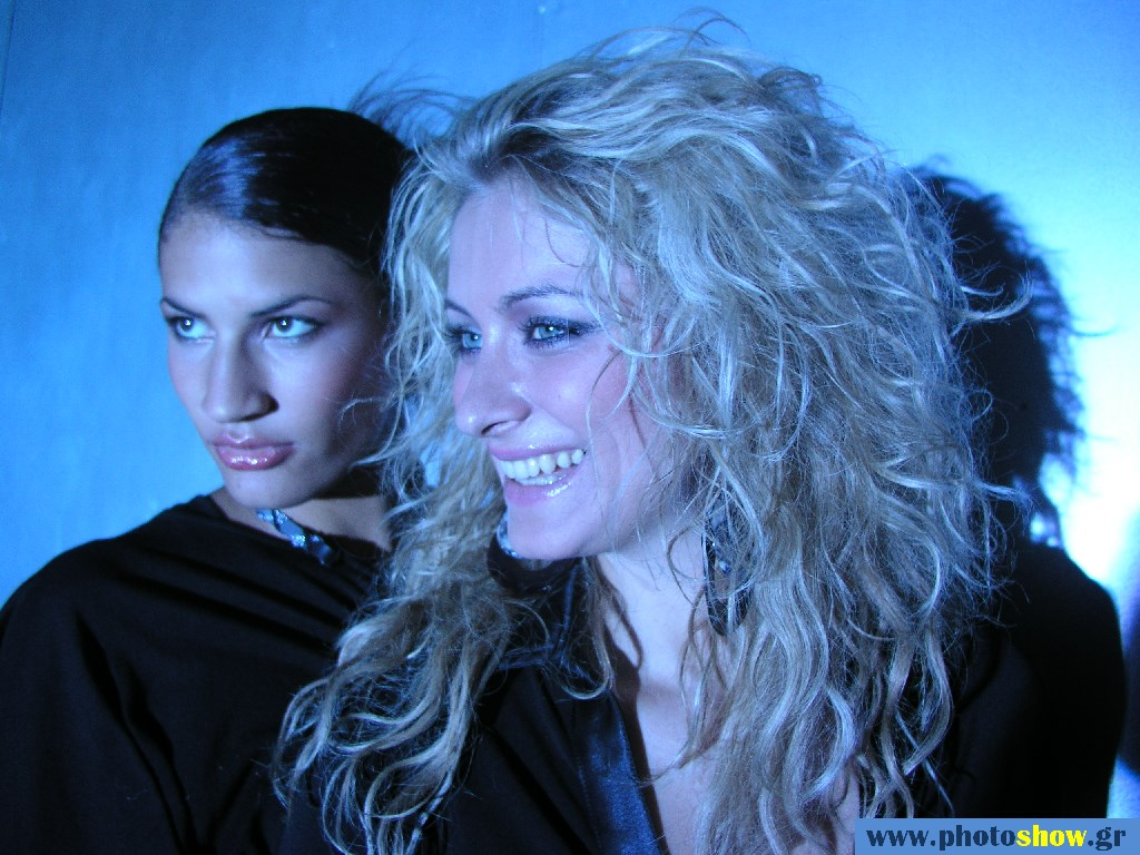 0020248 - EVENTS - BEHIND THE SCENES - Elena Paparizou Group 2004.jpg