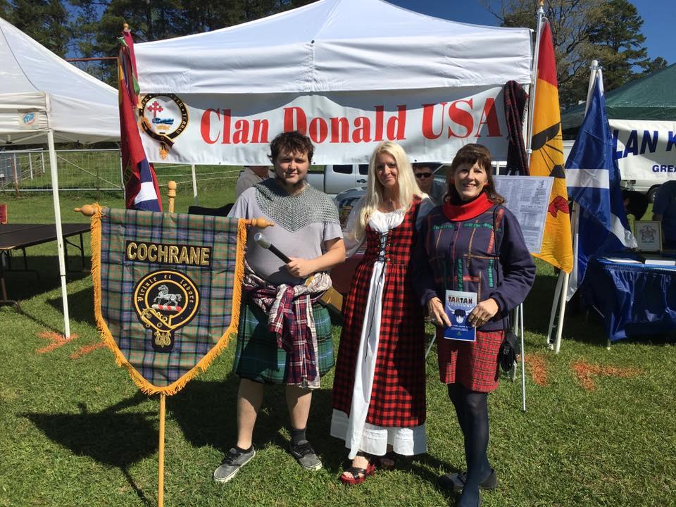 Clan Cochrane Harrison, Shelia and Tina