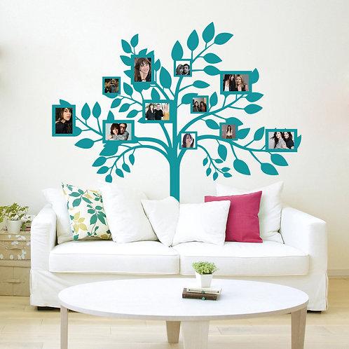 Árbol con retratos