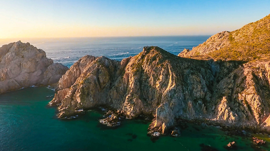 Cliffs in Cabo