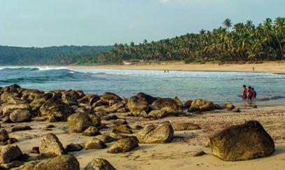 Velneshwar Beach.jpg