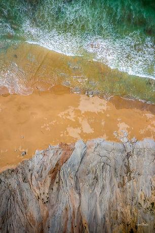 Between cliffs and waters-0784.jpg