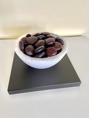 Beans%20in%20salt%20bowl%20on%20slate_ed