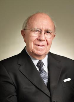 Sir David Akers-Jones KBE CMG JP