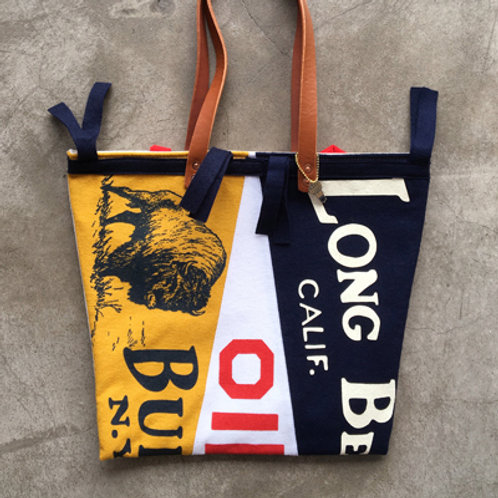 OXFORD PENNANT x HAND LIGHT TOTE BAG