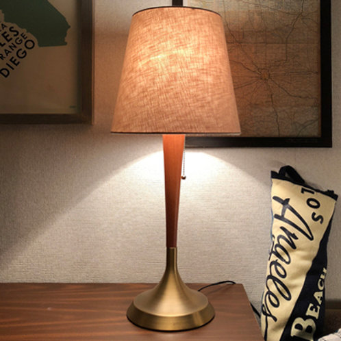 El Monte DESK LAMP