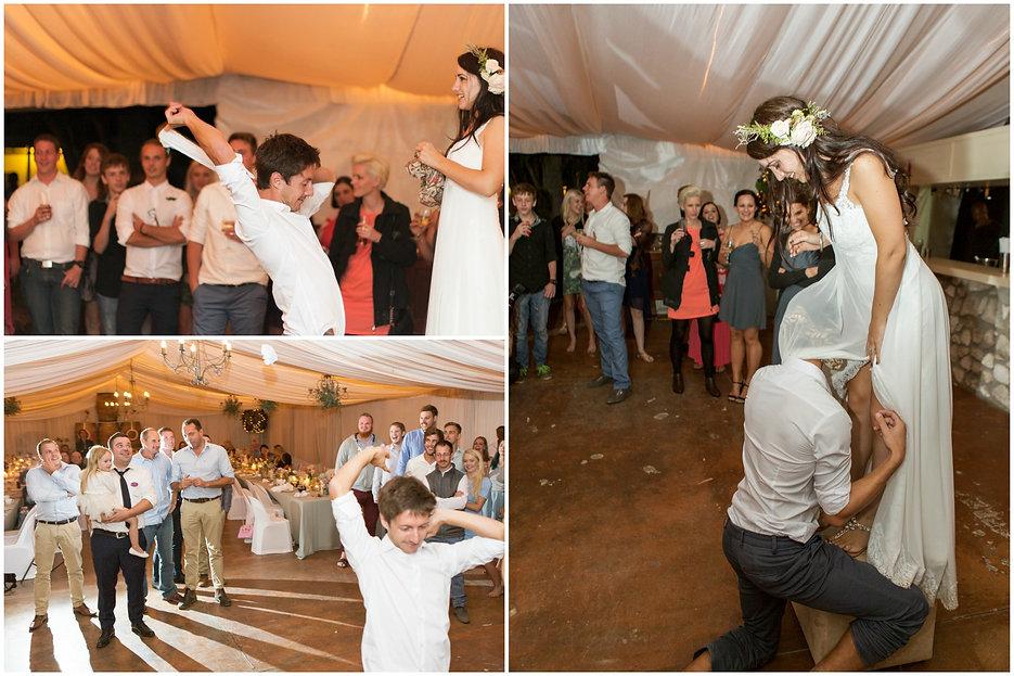 tossing garter geelbek wedding in west coats national park