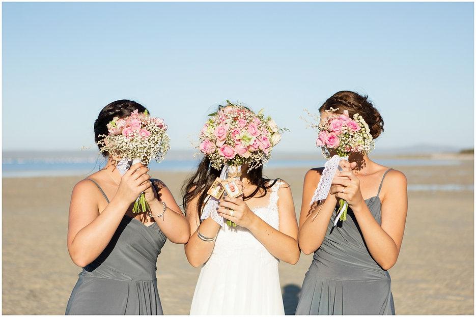 funny bridal party photo, bride and bridesmaids