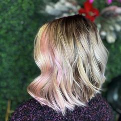 Full Balayage & Haircut w/ Style
