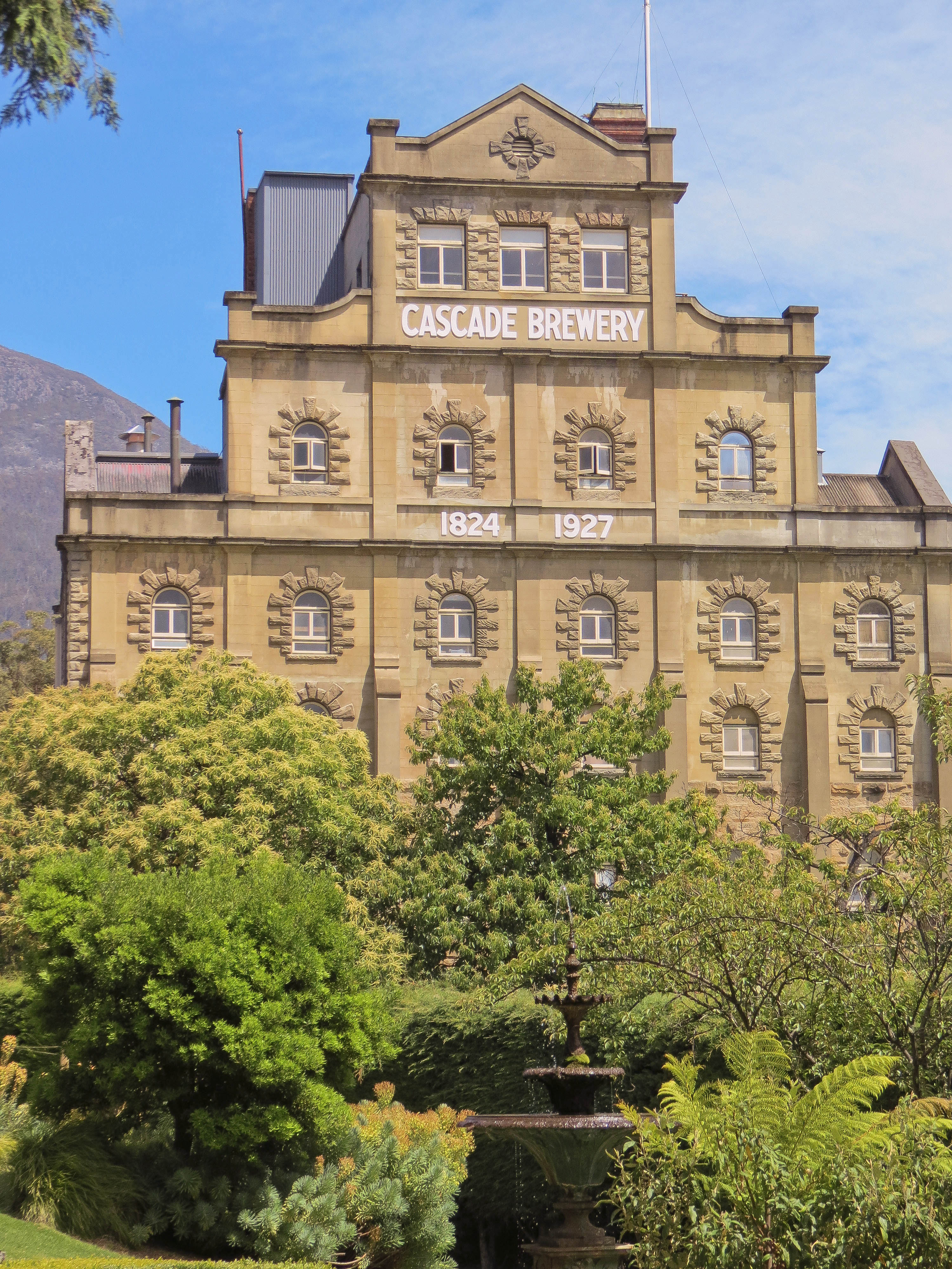 Hobart guided tours