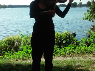 Wedding performance in the beautiful park near the lake in Orlando, FL