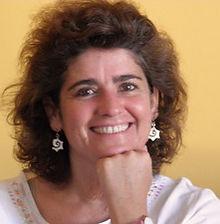 Paula Fernandes EMNSC