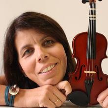 Marilyn Brito violino EMNSC
