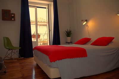 Private Rooms in Lisbon Hostel