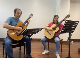 """""""Opus 2, Rapsódia Cubana para duas guitarras 11 perguntas para 2 professores"""""""