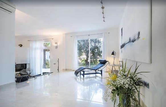 Villa Ibiza mit Pool Innenansicht