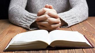 woman-reading-bible.jpg