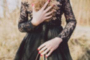 Kerstin Weidinger, Marlene Scheiber, Brautmoden, Braukleid, Brautkleider, Standesamtkleid, Brautschuhe, Hochzeitsschuhe, Hochzeit, Hochzeitskleid, Hochzeitskleider, Brautdirndl, Hochzeitsgewand, Brautcouture, Bridalcouture, Haute Couture, Brautgeschäft, Brautatelier, Brautzimmer, Weddingdress, Weddingcouture, Kleid, Brautjungfernkleid, Schleier, Brautschleier, weißes Kleid, Brautjungfern, Tirol, Salzburg, Österreich, München, Brautfummel, Traum in weiß, Brautdessous, Brautlingerie, Strumpfband, Brautschmuck, Ringkissen, Brautdesign, Brautkleid, Brautkleider, Hochzeitskleid, Brautmode, Hochzeitskleider