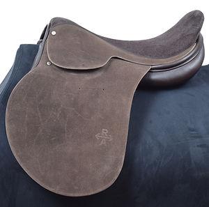 Elite MVP polo saddle used by Pelon Stirling