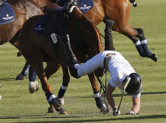 Protect your head - polo fall (4)