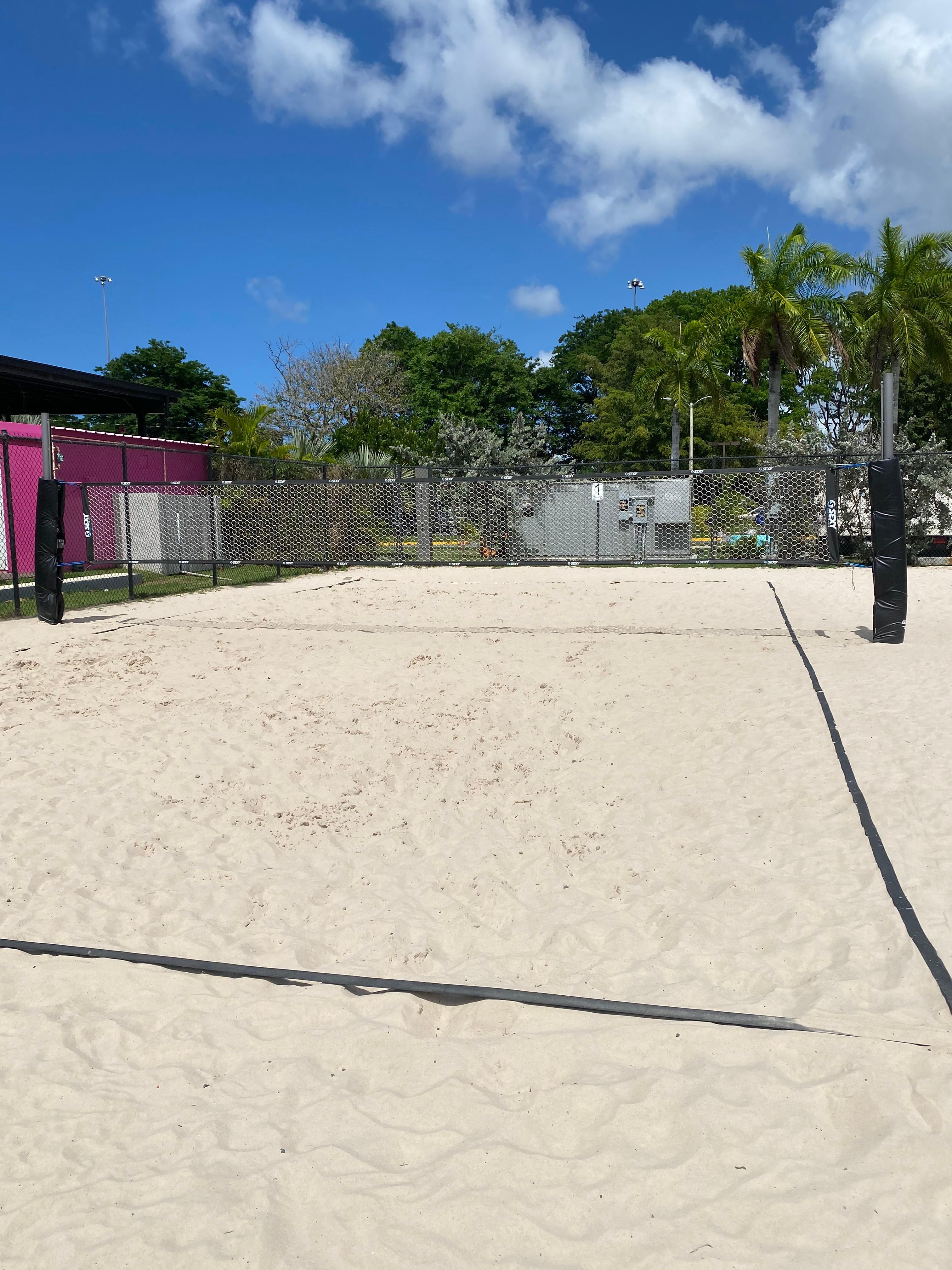 Tennis/Volley Beach Court 1