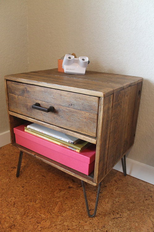 HOLLAND W/DRAWER AND CUBBY