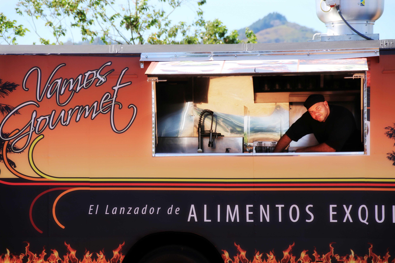 Vamos Gourmet Truck 14