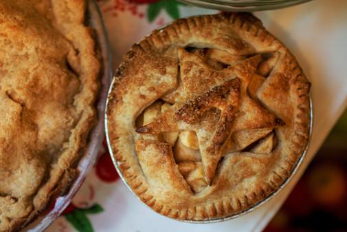 Apple Pie Day 2019 Web-Ready 02.jpg