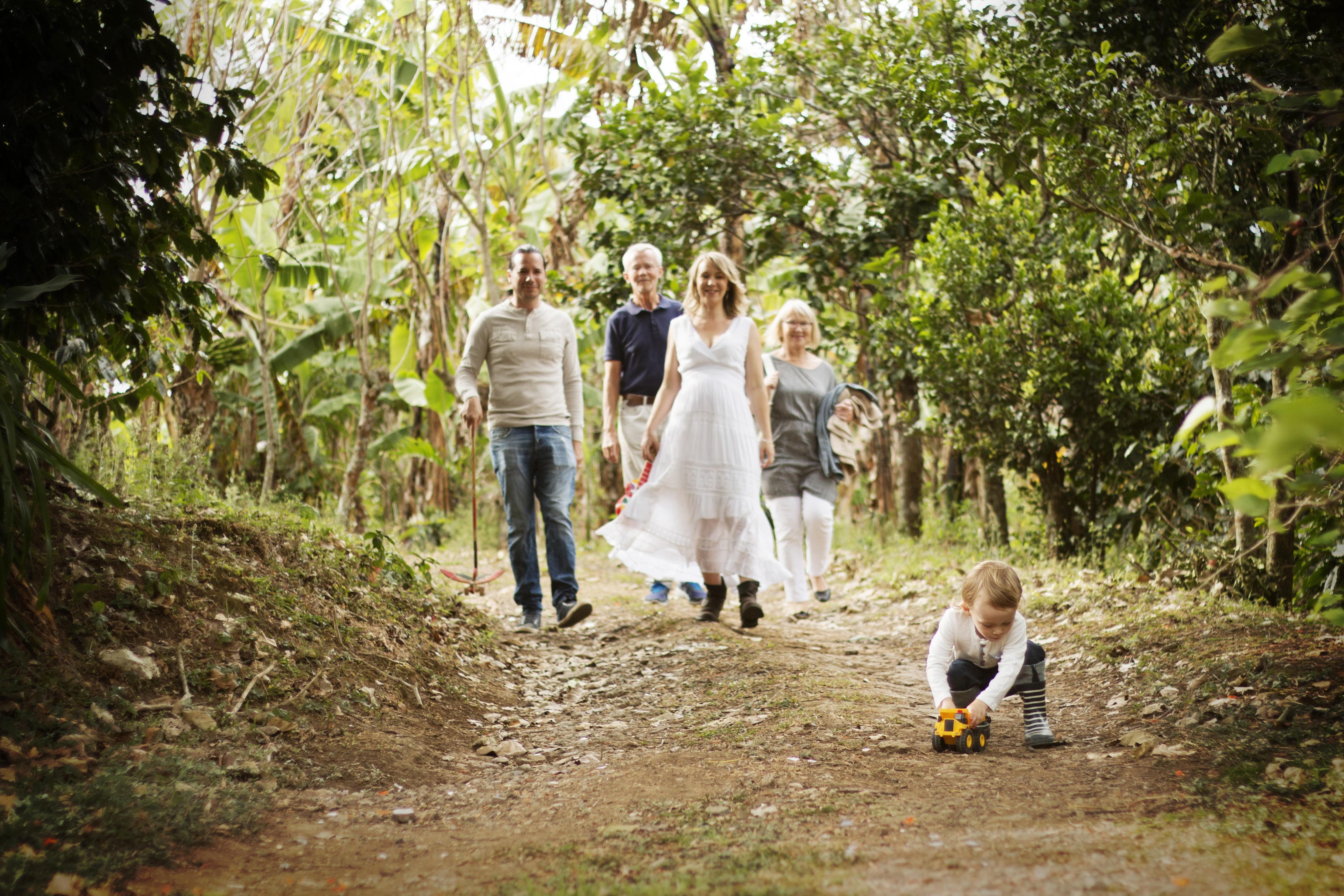 Tove and Family 05