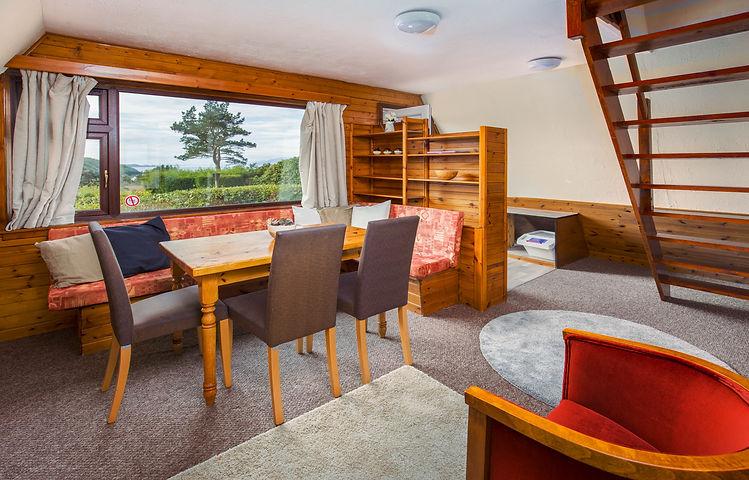 Chalet-Glen-Righ-living-room-2nd.jpg