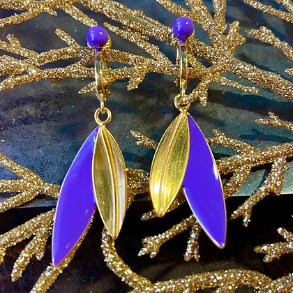 VIOLET CLIP ON LEAVES EARRINGS