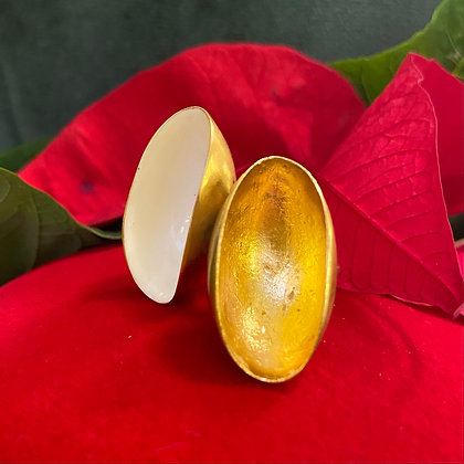 GOLG AND WHITE DOUBLE PISTACHIO RING