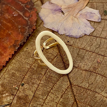 IVORY OVAL RING