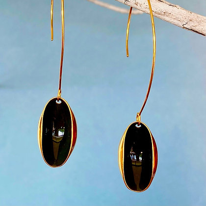 PITCH BLACK PISTACHIO EARRINGS