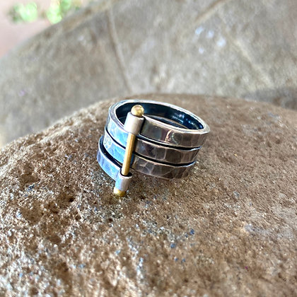 BOUND CHARCOAL SILVER RING