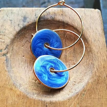 METALLIC BLUE SMALL DISC EARRINGS