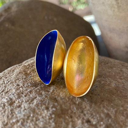 ULTRAMARINE GOLD PISTACHIO RING