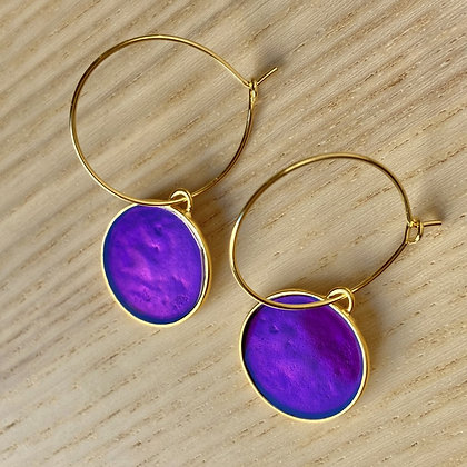 CHARMED VIOLET SMALL DISC EARRINGS